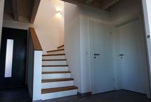 Treppen / Treppen unserer wohngesunden und ökologischen Einfamilienhäuser und Zweifamilienhäuser in Holzrahmenbauweise.