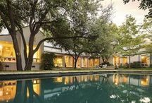Dallas Midcentury Modern Homes / I grew up in midcentury modern homes and adore the open living spaces.  Dallas midcentury modern homes live here!