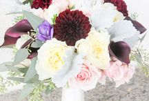Mixed colors wedding flowers