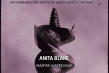 Laurell K. Hamilton -  Anita Blake