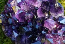 Gemstones and jewelry / by Pauline Long