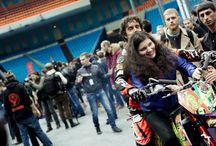 La MOTOTERAPIA di Vanni Oddera / Un progetto del nostro testimonial e freestyler Vanni Oddera insieme al team DABOOT dedicato ai ragazzi diversamente abili per portare il sorriso sul loro volto tramite la passione per la moto.