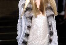 Doutzen Kroes On The Runway for Versace
