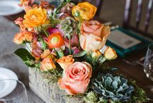 Fall Floral Inspiration / Luscious fall florals inspire beautiful moments in the home. Find ideas to create gorgeous fall centerpieces and wedding bouquets here.