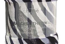 """""""Raschel Quilts & Throws"""" / Algumas das mantas presentes nas nossas Lojas - Tiger, Zebra e Plain Rachel (Raschel)"""
