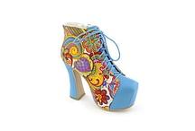 Shoes!  OMG / by Carla Halupka