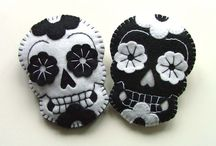 Sugar Skulls ❤ / by Darian Perry