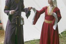 Dress 1100-1200 - Reconstructions / Reconstructions of 12th clothing by re-enacters