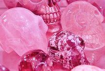 Pink♥(^з^)-❤
