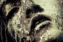 Statue Decey