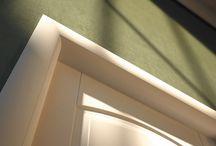 Collezione ALICE /  Icona dello stile Classico. Alice è una porta pantografata caratterizzata da un telaio arrotondato e cornici bombate. Sono i disegni intramontabili di questo stile che la rendono adeguata in ogni ambiente rendendolo accogliente e famigliare.