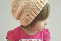 Childs knitted beanie