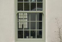 Aluminium sash windows