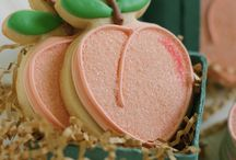 Delectable Cookies / by Claire Henley