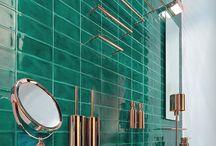 Inspiration by DECOR WALTHER / Décor Walther jest niemiecką firmą produkującą wachlarz produktów od oświetlenia oraz luster po akcesoria łazienkowe.  Wszystkie produkty łączą ze sobą efektywny design z najwyższa jakością.  W kolekcjach znajdują się materiały takie jak: mosiądz, stal nierdzewna, porcelana, skóra, impregnowane drewno i inne.  Producent dba również o praktyczne szczegóły oraz dobrze przemyślane funkcje.