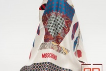 FOULARD MOSCHINO