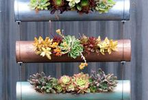 Upcycled Gardens / We love garden upcycling! From old fireplaces and sinks to birdhouses and cable drums there is no need to throw anything out!