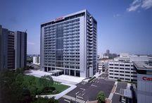RM 2002 Canon Headquarters Tokyo, Japan 1998 - 2002 / RICHARD MEIER
