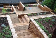 Garden Sleepers / different uses for timber sleepers within your garden