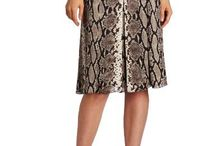 Clothing & Accessories - Skirts