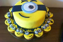 Cake decorating ideas / by Tanya Wurzer