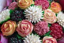Glamorous Cupcakes