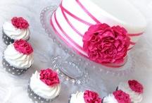 wedding cake  / by Cindy Matthews