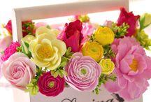 Цветы в интерьере (варианты композиций)
