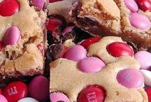 V-DAY TREATS / Aka another good excuse to grease up ;-)