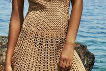 vestido de escote en crochet