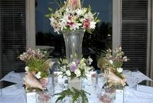 High center pieces/Centros de mesa altos / Bellos y expectaculares centros de mesa altos, con flores, cristalería y jarrones entre otros.