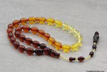 amber beads / kompoloi