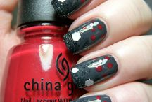 Christmas Nail Art / by Pointless Cafe