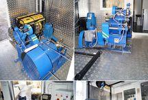 Лебедка исследовательская / Лебедку исследовательская геофизическая применяется для спуска-подъема автономных глубинных приборов (манометров, пробоотборников, скребков) на канатной проволоке при геофизических или гидродинамических исследованиях скважин глубиной до 6000 м. Тип привода: электрический, гидравлический, механический, совмещенный  электрический и механический (ЛИС-ЭМ). Подробнее по ссылке: http://ecolite-st.ru/lebedki-lis-m.html