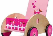 Wat is jouw favoriete speelgoed? Pin mee! / We zijn eens benieuwd, wat is jouw favoriete speelgoed? Wil je graag meedoen met dit bord? Dat kan zeker, vraag ernaar! Van houten speelgoed tot puzzels of knuffels, we kijken ernaar uit jullie favorieten te zien!