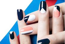 LINEAR Nails
