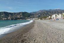Habitaciones en la playa / Habitaciones y estudios en primera linea de playa. Disfruta durmiendo al lado del Mar Mediterráneo.
