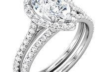 pear shape diamond engagment rings