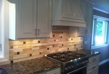 Cambria Laneshaw Pairings / Backsplash combinations for your richer color countertops.