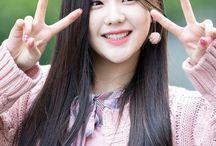 cho hyeyeon