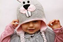 Ubranka czapki dziergane