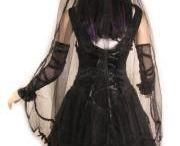Gothic Wedding / Ideas and Outfits for Gothic Weddings #alternative #wedding #gothic