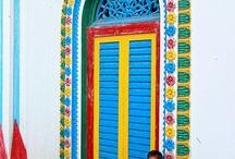 doorways.  / Interesting doors and doorways