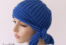 Bere  hat   beanie  leg warmers ponytail