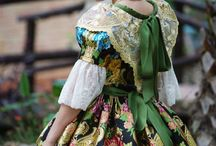 Traditional costume / We heart our tradition