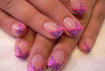 Manicure Maniac / by Christine Chase