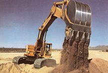 Caterpillar excavators / Caterpillar 225 shots from Contractor magazine