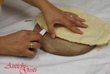 Antichi Gesti Pillu / Laboratorio Artigianale Per la produzione di pane  dolci e altri prodotti da forno della Barbagia di Seulo.