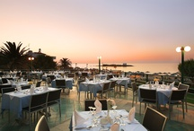 Restaurants & Bars / At Sirens Hotels there are two restaurants as well as a lounge bar, a pool bar and a beach bar.