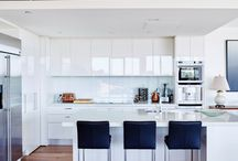 White on White| Modern Kitchen Ideas / White as snow and crisp as summer. When you choose a white on white kitchen you create a statement of subtle proportions. Follow us to gather images of white on white kitchens that are as different as snowflakes.